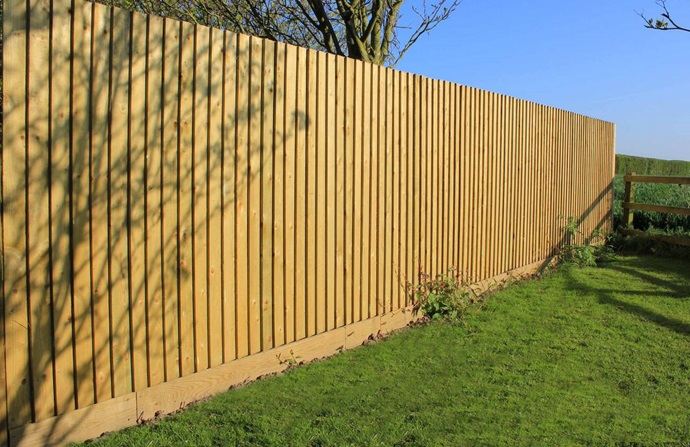 Featherboard Fencing Oxfordshire